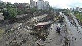 видео 1 мин. 17 сек. Грузия: число жертв наводнения возросло до 12 раздел: Новости, политика добавлено: 15 июня 2015