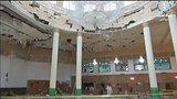 видео 1 мин. 4 сек. В Кувейте проводятся аресты подозреваемых в организации взрыва в мечети раздел: Новости, политика добавлено: 28 июня 2015