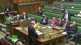 видео 1 мин. 59 сек. Минобороны Британии призывает парламент рассмотреть возможность авиаударов по позициям ИГ в Сирии раздел: Новости, политика добавлено: 3 июля 2015