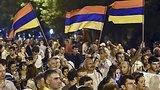 видео 50 сек. Армения : уголовное дело против полицейских, разогнавших