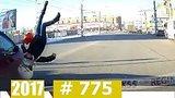 видео 10 мин. 34 сек. Новые Записи Видеорегистратора за 17.11.2017 VIDEO № 775 раздел: Аварии, катастрофы, драки добавлено: 18 ноября 2017