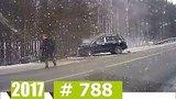 видео 11 мин. 14 сек. Новые Записи с Видеорегистратора за 03.12.2017 VIDEO № 788 раздел: Аварии, катастрофы, драки добавлено: 4 декабря 2017