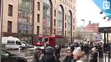 видео 22 мин. 5 сек. Эвакуация в детском магазине на Лубянке раздел: Новости, политика добавлено: 4 декабря 2017