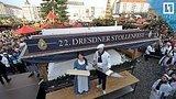 видео 55 мин. 43 сек. Гигантский пирог на рождественской ярмарке в Германии раздел: Новости, политика добавлено: 9 декабря 2017