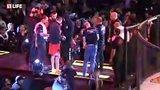 видео 126 мин. 13 сек. Мощные бои ММА: титульные поединки раздел: Новости, политика добавлено: 24 декабря 2017