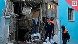 видео 40 мин. 36 сек. Обрушение стены в пятиэтажке в Саратове раздел: Новости, политика добавлено: 8 мая 2018