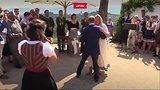 видео 41 сек. Танец Путина раздел: Новости, политика добавлено: 19 августа 2018