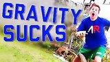 видео 7 мин. 21 сек. Гравитация сосет и баланса происходит обломы компиляции 2015 FailArmy раздел: Юмор, развлечения добавлено: 15 июля 2015