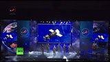 видео 4 мин. 5 сек. Хор Русской Армии исполнил песню группы Queen раздел: Новости, политика добавлено: 15 июля 2015