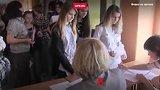 видео 3 мин. 2 сек. Заставляют учить татарский язык раздел: Новости, политика добавлено: 13 сентября 2018