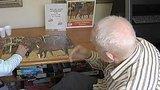 видео 1 мин. 12 сек. Ученые создали препарат, замедляющий болезнь Альцгеймера раздел: Новости, политика добавлено: 23 июля 2015