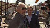 видео 21 сек. В СК допросили отца Михаила Ходорковского раздел: Новости, политика добавлено: 7 августа 2015