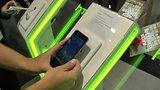 видео 2 мин. 3 сек. HTC Desire 728G Dual Sim - быстрый обзор на IFA 2015 раздел: Технологии, наука добавлено: 5 сентября 2015