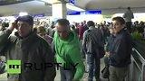 видео 206 мин. 2 сек. Прибытие беженцев в Вену раздел: Новости, политика добавлено: 6 сентября 2015