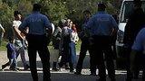 видео 1 мин. 4 сек. Первая группа беженцев, отвергнутая Венгрией, прибыла в Хорватию раздел: Новости, политика добавлено: 16 сентября 2015