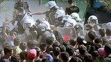 видео 1 мин. 12 сек. Греция: миграционный поток на остров Лесбос нарастает раздел: Новости, политика добавлено: 17 сентября 2015