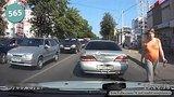 видео 10 мин. 23 сек. Car Crash Compilation # 565 - September 2015 раздел: Аварии, катастрофы, драки добавлено: 20 сентября 2015